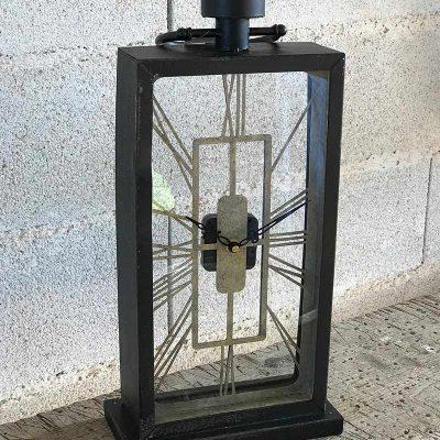 belle-horloge-metal-et-verre