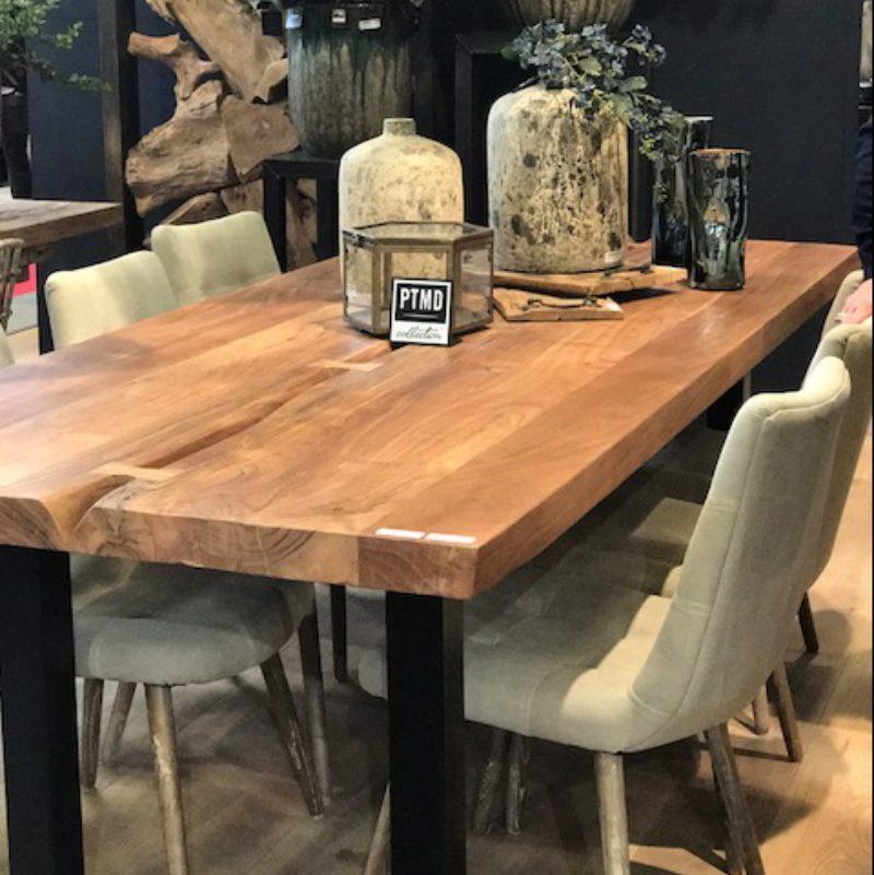 Table de sale à manger en bois brut et métal
