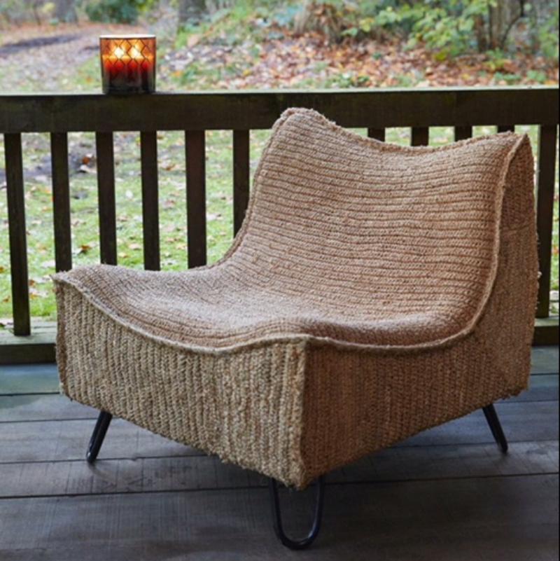 Fauteuil en mati re naturelle meeuwis decorelie de l 39 art la d co for House pour fauteuil