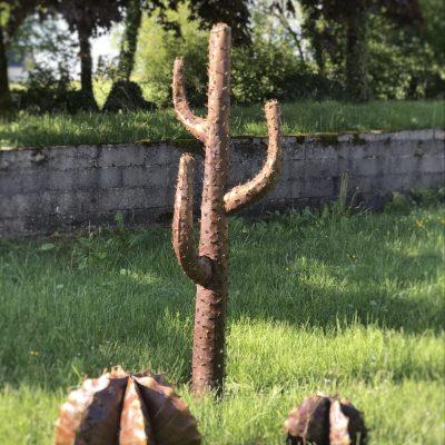 Cactus en métal recyclé