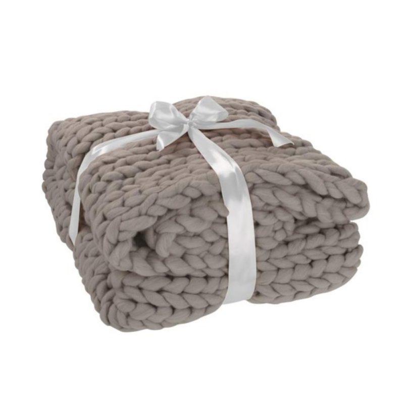 Plaid tricoté grosse maille